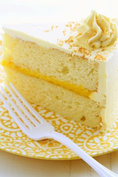 Hungry Cravings: Passion Fruit Cake for My Fourth Blogiversary