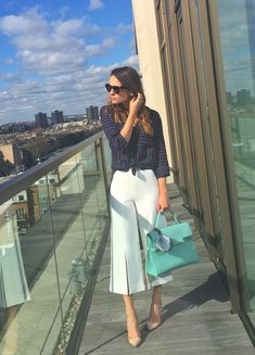 25 Massive Casual Outfit Ideas For Women Get The Innovative Outfit Classy Outfits, Chic Outfits, Spring Outfits, Fashion Outfits, Work Fashion, Trendy Fashion, Fashion Spring, Feminine Fashion, Fashion Women