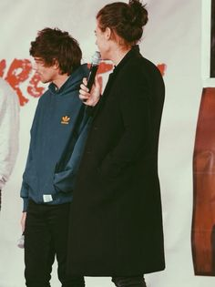 Harry and Louis Harry Edward Styles, Harry Styles, Mutual Respect, Louis And Harry, Treat People With Kindness, Larry Stylinson, Liam Payne, Louis Tomlinson, Im In Love