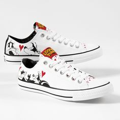 785ad1cde388 Converse Chuck Taylor All Star Lo Looney Tunes Pepe Le Pew Sneaker - white  - 399527