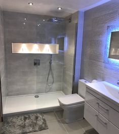 40 inspiring basement bathroom remodel ideas on a budget and for small space 21 Modern Bathroom Design, Bathroom Interior Design, Apartment Bathroom Design, Modern Bathrooms, Bathroom Shower Designs, Bathroom With Shower And Bath, Bathroom Mold, Luxurious Bathrooms, Bathroom Showers