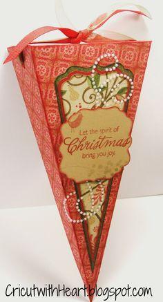Cricut with Heart: Artiste Triangle Box  #CTMH