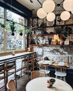 We're finding so many cute and cozy corners in Manchester - the cafe game here is pretty strong and we love it! @visitmanchester .… #restaurant #café