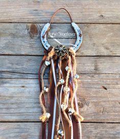 © Jingle Bell Horseshoe Decoration Xmas. $24.99 Western Decor by HorseShoeFever. Horseshoe, Horse, Pony, Cowgirl, Cowboy, Ranch, Rodeo, Country, Western, Farm