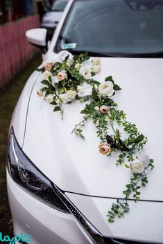 Diy Wedding, Wedding Ceremony, Wedding Flowers, Dream Wedding, Wedding Cars, Blue Wedding, Wedding Car Decorations, Flower Decorations, Table Decorations