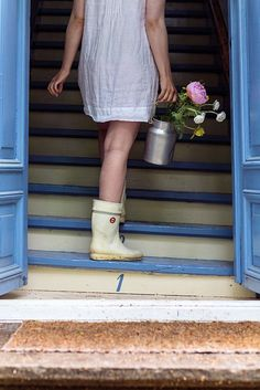 J.F. by Finlayson Joko, Farm Life, Country Life, Summertime, Spring Summer, Satin, Barefoot, Photo Ideas, Porch