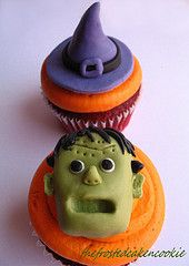 Halloween cupcake topper tutorial