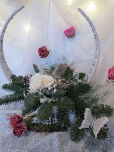 Kerststuk Hoorn  http://www.bloemenvanbluelagoon.com