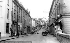 Photo of Haverfordwest, Victoria Place 1950 Back In Time, Historical Photos, Old Photos, Google Images, Street View, Victoria, History, Places, Honey