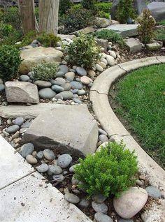 Front Yard Rock Garden Landscaping Ideas (51) #gardeninglandscaping #LandscapingIdeas