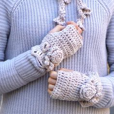 Floral Rose fingerless gloves, hand warmers - Ivory - hand painted merino wool
