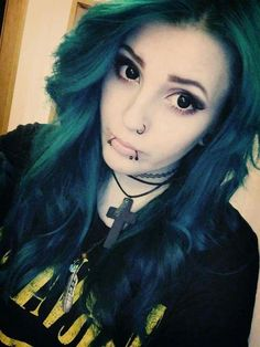Amazing hair and piercing