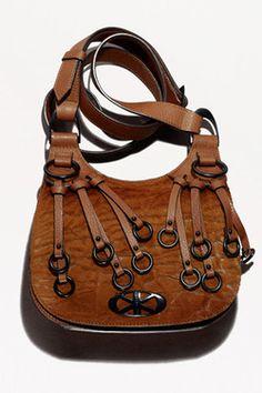 """Photoset """"Fashion тренд: меховые сумки"""" включает в себя элементы различных марок.  Спросите нас о них и присоединиться к нам на / Присоединяйтесь к нам наhttp :/ / Gio-soslan.tumblr.com / http://onlyjewelryreview.tumblr.com/ http://onlyfootwearreview.tumblr.com/ http://only- Интерьеры-review.tumblr.com / http://only-art-n-prints-review.tumblr.com/ http://only-music-world-review.tumblr.com/ Фотосет """"Фешн-тренд: Мех в сумках """"включает в себя предложения разных брендовСпросите нас о них…"""