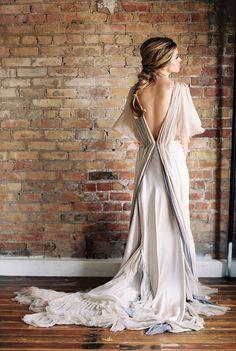Photography: Megan Robinson Photography - meganrobinsonblog.com Read More: http://www.stylemepretty.com/2015/05/04/part-ii-organic-minimal-wedding-inspiration/