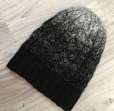 Шапка из пуха норки и козы. Ручная работа спицами. Мягкая и тёплая. #шапкаспицами #ручнаяработа #handmade #knitting #knit #продам