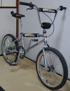 old school bmx bikes gumtree Bicycles For Sale, Cool Bicycles, Cool Bikes, Bmx Bandits, Mongoose Bmx, Bmx Cycles, Vintage Bmx Bikes, Bmx Cruiser, Giant Bikes