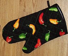 Free Pattern and Directions to Sew an Oven Mitt