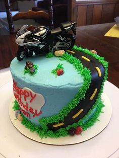 Motorcycle Birthday Cakes | Via T'resa Weaver