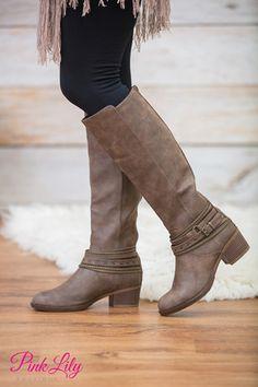 The Raelynn Boots Brown