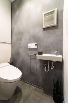 専門家:が手掛けた、トイレ(ヨーロピアンとオリエンタル、モダンが融合した、高級感あるラウンジのような空間)の詳細ページ。新築戸建、リフォーム、リノベーションの事例多数、SUVACO(スバコ)