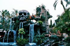 Skull Rock at Disneyland, 1969.  I loved this.  The eyes glowed at night!  I was so sad when they removed it in the Fantasyland remodel.  :(