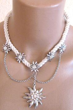 Trachtenschmuck,Edelweiss mit viel Strass, Weiß/Silber