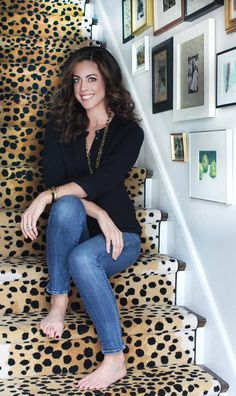 The Peak of Tres Chic: seriously considering the Cheetah print stair runner. Where would I buy this?