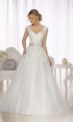 Essense of Australia D1662: buy this dress for a fraction of the salon price on PreOwnedWeddingDresses.com