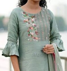 Beautiful detailing with embroidery and pleats and sleeves - Alles über DamenmodeBest 12 for digonal stripes kurti – Page 314266880248227582 – SkillOfKing.Neck design for kurta Salwar Designs, Silk Kurti Designs, Kurta Designs Women, Kurti Designs Party Wear, Neckline Designs, Dress Neck Designs, Stylish Dress Designs, Blouse Designs, Kurti Sleeves Design