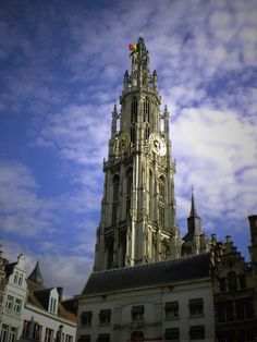 The towering cathedral (gothic) of our lady in antwerp (Belgium). Cattedrale di Anversa, 2012.