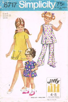 Simplicity 8717  Vintage 1970s Sewing Pattern  by HappyIFoundIt, $4.95