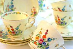 the cutest hollyhock vintage dishes! by Kathy at http://kathyscottage.blogspot.com/