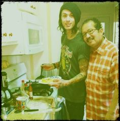 papa roach , papa fuentes... in conclusion, the amazing father of amzing brothers <3