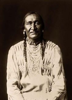 You are viewing a rare image of Running Owl, a Piegan Brave. It was taken in 1910 by Edward S. Curtis ..* Native American Photos, Native American Indians, Native American History, Native Indian, Blackfoot Indian, American Pride, Old West, Edward Curtis, Indian Pics