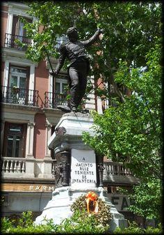 Teniente Jacinto Ruiz. Plaza del Rey