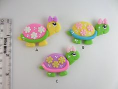 Polymer Clay Magnet, Clay Magnets, Polymer Clay Animals, Fimo Clay, Polymer Clay Charms, Polymer Clay Projects, Clay Crafts, Fondant Animals, Clay Ornaments