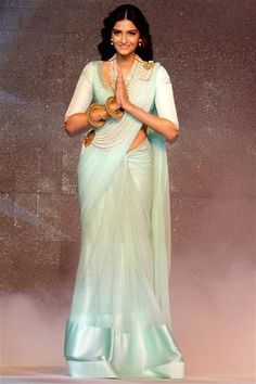 Sonam Kapoor Style: Bollywood Celeb Style: Sonam Kapoor Sari Style
