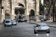 Rome Filming - Daniel Craig was behind the wheel of the new Aston Martin on the streets of Rome on Saturday :: Spectre AKA James Bond 24 :: :: The Home Of James Bond 007 Aston Martin Db10, New Aston Martin, Daniel Craig, Craig 007, Bttf Delorean, Spectre 2015, 007 Spectre, Celebrity Cars, Bond Cars