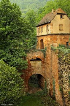 "Heidelberg, Germany photo via defacta . Pinner says ""double bridge,"" but I say Aqueduct."