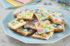 Kraft Foods, Kraft Recipes, Dessert Recipes, Easy Desserts, Colorful Desserts, Candy Recipes, Chocolate Bonbon, Melting White Chocolate, Easter Recipes