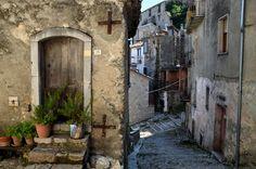 Risultati immagini per borghi d'italia immagini