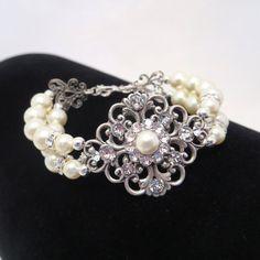 Pearl Bridal bracelet Wedding bracelet Bridal by treasures570