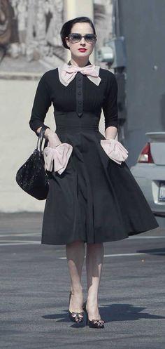 Bows Petite Robe Noire, Belle Robe, Retro Mode, Mode Classique, Mode Vintage 41093457973e
