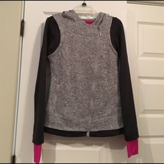 ‼️SALE‼️ workout jacket! Gray with pink accents, has a diagonal zipper. Very cute an with workout clothes. Mondetta Jackets & Coats