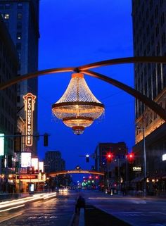 New chandelier in Cleveland's Playhouse Square sets the tone for a city in rebirth.