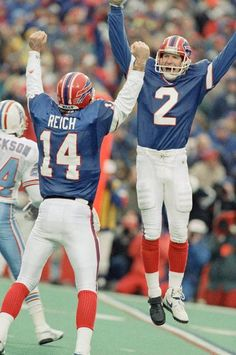 The Buffalo Bills came back from a 32-point deficit to defeat the Houston Oilers in a 1993 AFC first round playoff game at Ralph Wilson Stadium. On its 20th Anniversary, we look back at the greatest comeback in NFL history. Click for more photos of this memorable game.
