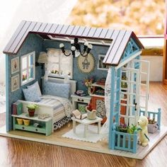 Casute de Papusi   Cutiute muzicale   Diorame - DinPovesti.ro Dollhouse Kits, Wooden Dollhouse, Dollhouse Furniture, Dollhouse Miniatures, Baby Girl Toys, Toys For Girls, Baby Girls, Miniature Rooms, Childrens Gifts