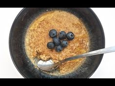 Syn Free Healthy Extra Slimming World Friendly Baked Porridge Oats Recipe Slimming World Deserts, Baked Oats Slimming World, Slimming World Breakfast, Slimming World Recipes, Oats Recipes, Smoothie Recipes, Linda Mccartney Sausages, Porridge Oats, Syn Free
