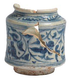 Apothekerspot, Syrië, blauwwit kiezelaardewerk, 1400-1450