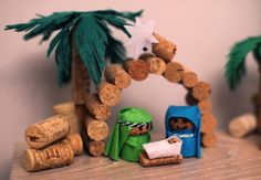 Belén de corchos Nativity Crafts, Christmas Nativity, Christmas Art, Christmas Projects, Holiday Crafts, Christmas Decorations, Christmas Ornaments, Wine Cork Projects, Wine Cork Crafts